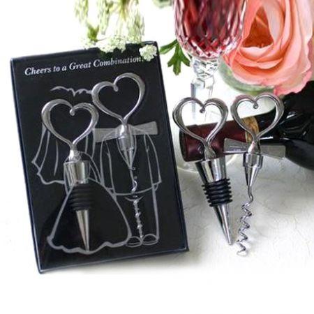 """Набор штопор и пробка для бутылки """"Два сердца"""" в подарочной коробке"""