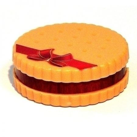 Точилка с ластиком Печенье светлое в пакете